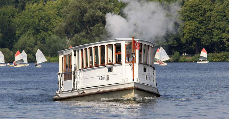 Alsterrundfahrt-Dampfschiff